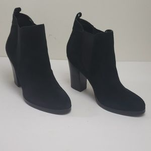 Marc Fisher Mallory Suede Ankle Boots Size 8